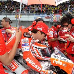 On the Estoril start grid with Juan and the boys. - Photo: Milagro/Ducati