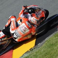 Nicky railing the apex at the Sachsenring. - Photo: Milagro/Ducati