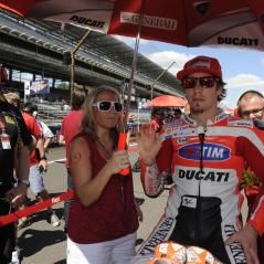 On the Indianapolis Motor Speedway start grid with sister Kathleen. - Photo: Milagro/Ducati