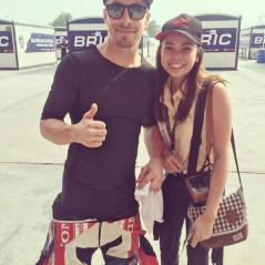 Picture with the fans - Photo: www.nickyhayden.com