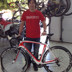 Specialized custom road bicycle - Photo: Nicky Hayden